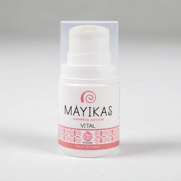 Vital - VITAL es una crema facial antiedad formulada con ingredientes cuidadosamente seleccionados para conseguir un efecto antienvejecimiento.