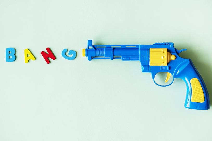 Pistola de juguete, analogía de la lucha contra la flacidez